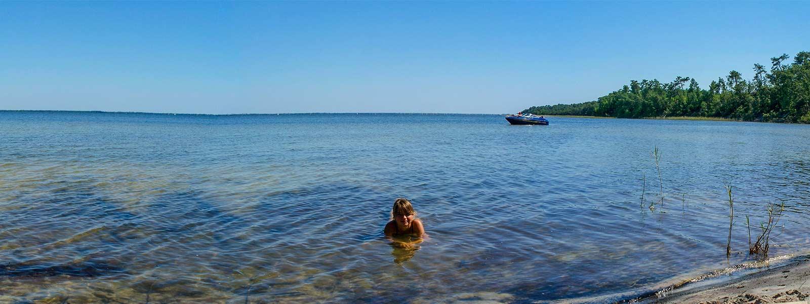 Camping 3 étoiles bord de lac Gironde