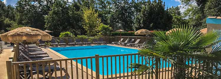 Campsite gironde with pool campsite with aquatic park for Camping gironde piscine