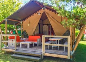 location tente insolite camping gironde